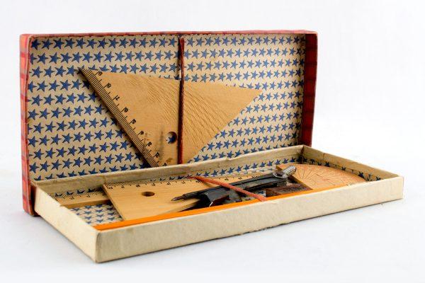 Chayo Geometry set
