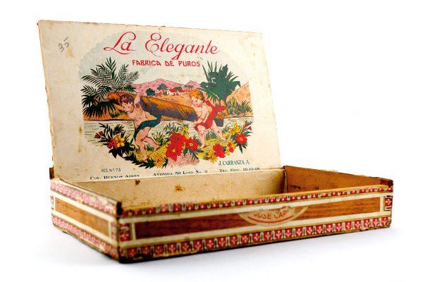 La Elegante Cigars