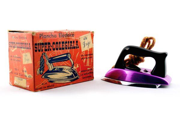 Super Colegiala Toy iron