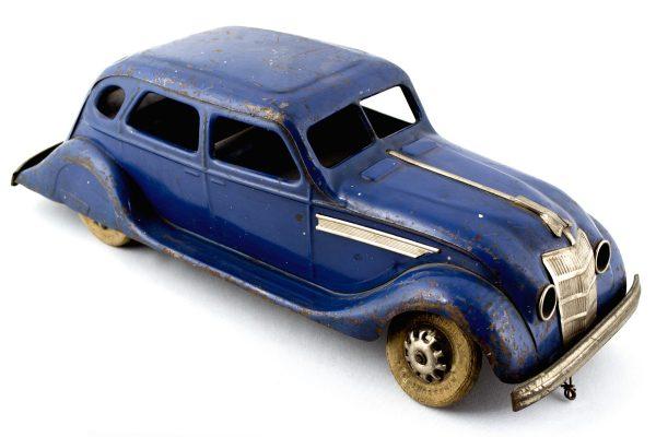 Tin car